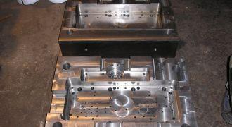 Különböző szerszámok, alkatrészek gyártása, javítása, felszabályozása