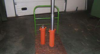 Fertigung von hydraulischen Arbeitswalzen